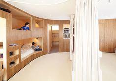55 mq progettati dallo studio h2o Architects a Menuires, sulle Alpi francesi