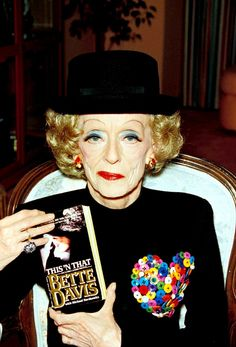 "Bette Davis Button ""if you never been hated by your child, you,ve never been a parent."""