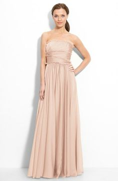 Love this gorgeous gown. Perfect for prom or bridesmaids.