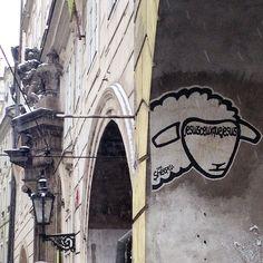 #prague #prag #praha #winter #snow #cold #streetart #arturbain #urbanart #thesheepest