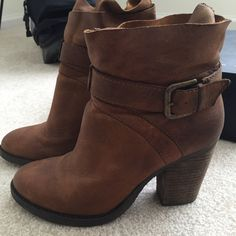Steve Madden leather ankle boots These all leather boots are in excellent brand new condition. Very soft leather and extremely comfortable. Steve Madden Shoes Ankle Boots & Booties