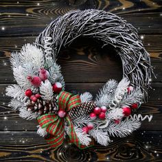 Xmas Wreaths, Christmas Decorations, Holiday Decor, Holidays And Events, Halloween, Advent, Flowers, Handmade, Inspiration