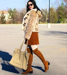 on A spin on the 70s Fashion, Autumn Fashion, Fashion Outfits, Ootd Fashion, Hippie Culture, Winter Looks, I Fall, New Trends, Fashion Photography