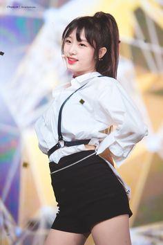 Yena ~ IZ*ONE Kpop Girl Groups, Kpop Girls, Honda, Picture Composition, Fandom, Korean Girl Fashion, Yu Jin, Japanese Girl Group, Kim Min