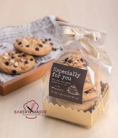 dessert Cookies Packaging Ideas Christmas 56 Ideas Acne - Some Alternative Therapies Zits, pimples, Brownie Packaging, Cupcake Packaging, Baking Packaging, Biscuits Packaging, Dessert Packaging, Food Packaging Design, Packaging For Cookies, Cupcakes Packaging Ideas, Bake Sale Packaging