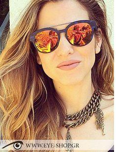 Orlyshani φοράει τα γυαλιά ηλίου Italia Independent I-PLASTIK 0900 κλικ στη φωτο για να τα βρείτε