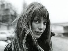 Take a beauty risk and cut bangs for an effortlessly chic look. #janebirkin #styleicon #60sicon #bangspiration