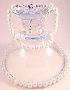 Handmade - White Pearl Glass Jewelry Set (Necklace+Earrings+Bracelet) Glass Jewelry, Jewelry Sets, Glass Beads, Femininity, Pearl White, Perfume Bottles, Pearls, Bracelets, Earrings