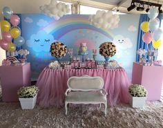 """Scotti Produções on Instagram: """"Chuva de amor para comemorar os 2 aninhos da linda Maria Clara! #festachuvadeamor #chuvadeamor #festainfantil"""" • Instagram"""