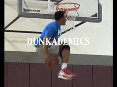 """5'10"""" Young Hollywood :: One of the BEST Dunkers in the World"""