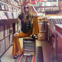 mega70srocker: Happy record store days, music lovers