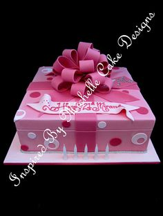 21st Birthday Cake | dot and loopy bow 21st birthday present cake Inspired By Michelle Cake ... Birthday Present Cake, 21st Birthday Presents, Birthday Cakes, Gift Box Cakes, 21st Cake, Engagement Cakes, Fancy Cakes, Cool Gifts, Bows