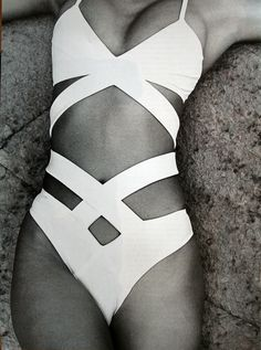 white one piece monokini #bikini #swimsuit #swimwear
