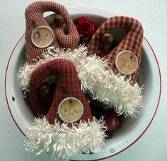 Primitive Santa Hat Ornie tuck bowl filler ornies Santa's hat - pinned by pin4etsy.com