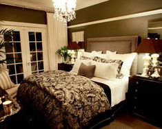 Trends 2014 Romantic Bedroom Decorating Ideas : Alluring Olive Green Romantic Small Floorspace Bedroom Design with Beautiful Pattern Blanket...