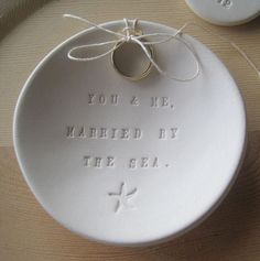 Ах эта свадьба | Как выбрать держатель для колец.