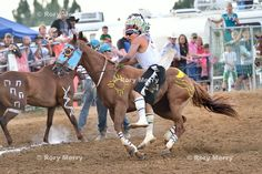 The rules of Indian relay racing are simple. Teams are made up of four people and three horses. Team members are usually all from the same… Native American Indians, Native Americans, American Life, American Art, Sheridan Wyoming, Relay Races, Thoroughbred Horse, Mountain Man, One Team