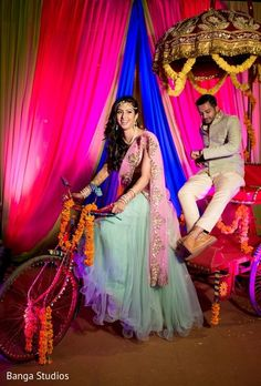 Pre-Wedding Portrait http://www.maharaniweddings.com/gallery/photo/72075 @bangastudios