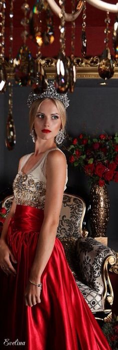 Feeling Royal<3I am Royalty! Anna