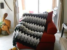 Breaking Amish Afghan, different colors found the pattern