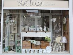 Dekorace do bytu - Mahoza Decor Slaný China Cabinet, Vanity, Mirror, Storage, Furniture, Home Decor, Dressing Tables, Purse Storage, Powder Room