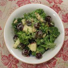 Salade brocoli raisins @ allrecipes.fr