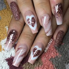 Nail Artwork is one of the simplest ways to precise your love. Be it Crimson Nail Designs or Coronary heart Nail Designs, Valentine's Day Nail Artwork concepts is limitless. There are such a lot Gorgeous Nails, Love Nails, Pretty Nails, Valentine's Day Nail Designs, Acrylic Nail Designs, Nails Design, Heart Nail Designs, Unique Nail Designs, Red Nail Art