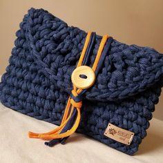 Free Crochet Bag, Crochet Pouch, Crochet Baby Booties, Diy Crochet, Crochet Crafts, Crochet Bags, Bag Pattern Free, Crochet Basket Pattern, Crochet Patterns