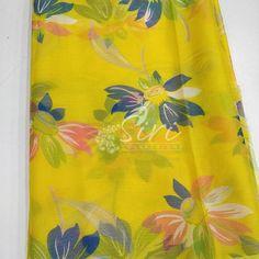 Garden Vareli Nara Chiffon Saree in Flower Print This saree doesnot come with blouse fabric. Girls Frock Design, Long Dress Design, Chiffon Saree, Floral Chiffon, Cotton Saree Designs, Saree Floral, Kota Sarees, Kanchipuram Saree, Casual Saree