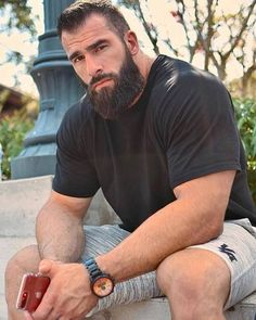 Muscle Lover: The Modern Spartan from Florida - Nick Pulos Scruffy Men, Hairy Men, Moustaches, Christian Grey Actor, Oscar 2017, Great Beards, Bear Men, Hairy Chest, Hair And Beard Styles