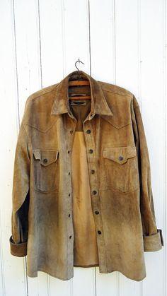 Description -----------------------    Vintage john F Gee Suede shirt jacket.  Two Front pockets.  Snap buttons.  Estimated