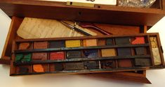 Winsor & Newton artists watercolor paint box c. 1863 Winsor & Newton artists watercolor paint box c. Paint Charts, Watercolor Paint Set, Art Basics, Artist Aesthetic, Artist Supplies, Smart Art, Painting Gallery, Painted Boxes, Old Art