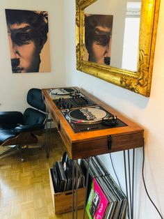 Turntable Setup, Dj Table, Dj Decks, Dj Setup, Dj Booth, Room Additions, Flat Ideas, Dj Music, Home Studio