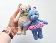 Cuddle Me Bear amigurumi pattern - Amigurumi TodayThe Cuddle Me Bear Amigurumi Pattern will take you right back to childhood and make wonderful gifts for the kids you love!The Cuddle Me Monkey Amigurumi Pattern comes with step by step crochet instruc Crochet Hippo, Crochet Monkey, Crochet Teddy, Cute Crochet, Crochet Animals, Crochet Animal Patterns, Crochet Patterns Amigurumi, Stuffed Animal Patterns, Amigurumi Doll
