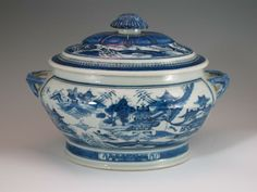 blue & white tureen | ... Chinese Export Porcelain Oval Blue White Soup Tureen C 1840 | eBay