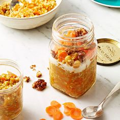 Easy Breakfast Recipes: Carrot-Cake Oatmeal Check out the website for more. Eat Breakfast, Healthy Breakfast Recipes, Snack Recipes, Cooking Recipes, Healthy Eating, Healthy Menu, Breakfast Bites, Healthy Recipes, Breakfast Burritos