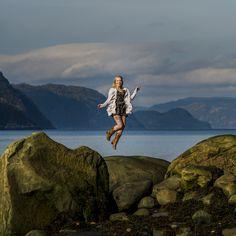 Séance photo Fjord du Saguenay  Tout bleu tout beau | Dyade photo Fjord, Photos, Photo Shoot, Beauty, Everything, Pictures, Cake Smash Pictures