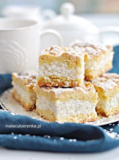 Ciasto Apetyczny Kokosowiec Polish Desserts, Polish Recipes, Polish Food, Vanilla Cake, Delicious Desserts, Biscuits, Food And Drink, Sweets, Baking