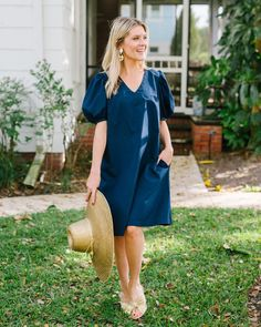 The perfect little navy dress