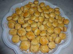 Com apenas 3 ingredientes você prepara esse biscoitinho de cebola. Prove!! - Aprenda a preparar essa maravilhosa receita de Biscoito de cebola