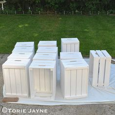 Paint KNAGGLIG Boxes with primer paint 1