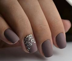Dale un toque matte a tus uñas Oriflame #EmpresariosOrimex alesalasmx@gmail.com