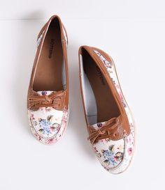 Dockside Feminino Bottero em Couro Floral - Lojas Renner Sapatos  Adolescentes a4a117a8587