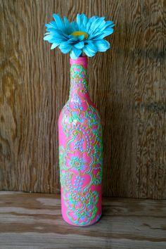Botella de vino pintada florero, botella de color rosa brillante con acentos verdes y azules, diseño de Henna vibrante estilo