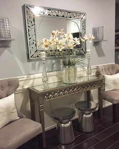 Console table decor hall way ideas Cozy Living Rooms, New Living Room, Formal Living Rooms, Living Room Decor, Sofa Table Decor, Home Decor Furniture, Furniture Design, Halls, Home Comforts