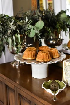 This holiday season, display and serve your sweets in style on the Signature White Ruffle Cake Stand. Coton Colors, Ruffle Cake, Roasted Peppers, Cake Tins, Sweet And Salty, Savoury Cake, Other Recipes, Clean Eating Snacks, Vegetarian