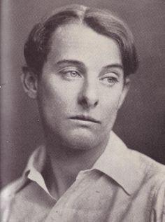 Lord Alfred 'Bosie' Douglas, il giovane amante di Oscar Wilde. su http://cultstories.altervista.org/oscar-wilde-lamore-proibito/ #culture #cultstories