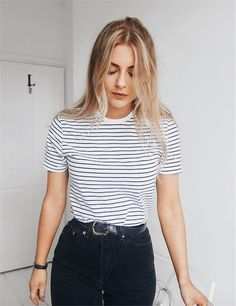striped t with high wasted jeans is always a nice way to make the illusion of a smaller waist