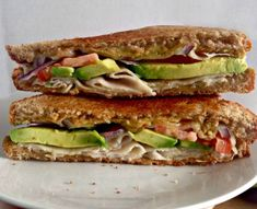 Grilled Turkey Avocado Sandwiches featuring Sea Salt and Cracked Pepper Sabra Spreads! An easy, healthy and delicious way to switch up your lunch routine! Turkey Avocado Sandwich, Hummus Sandwich, Deli Sandwiches, Turkey Sandwiches, Panini Recipes, Weight Gain Meals, Grilled Turkey, Sliced Turkey, Fast Easy Meals