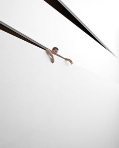 Tribute to Fontana, photo © Serge Najjar.
